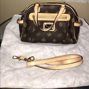 New peruzzi handbag